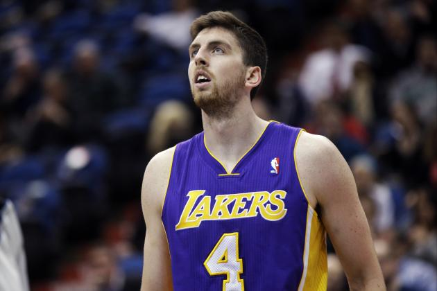 Should LA Lakers Bring Back Ryan Kelly Next Season?