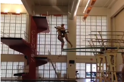 Clemson Women Divers Do Crazy Stunt off Diving Board