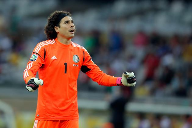 Why Guillermo Ochoa Should Start in Mexico's World Cup Opener in Brazil