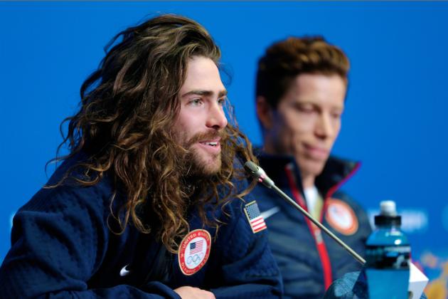 American Snowboarder Danny Davis Rips Sochi Halfpipe Conditions