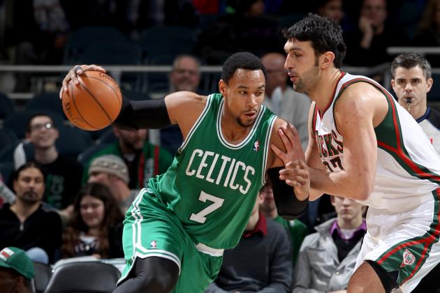 Celtics Top NBA-Worst Bucks Late 102-86