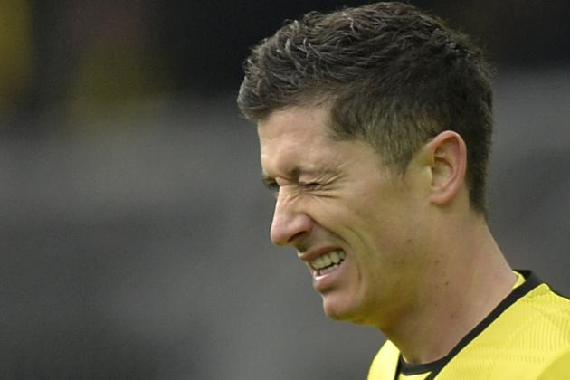Bayern Munich-Bound Robert Lewandowski Has Tyres Stolen from His Porsche