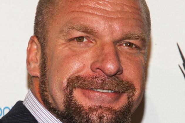 WWE Raw: WWE's Agonizing Angles Surrounding Company's Best