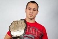 UFC Signs Heavyweights Ruan Potts, Jack May