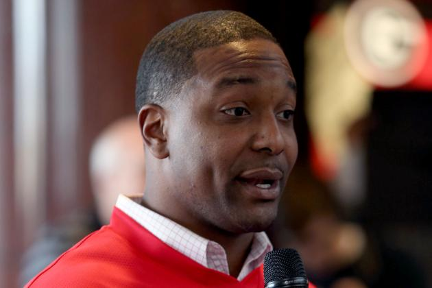 Georgia Names RB Coach Bryan McClendon Bulldogs' New Recruiting Coordinator