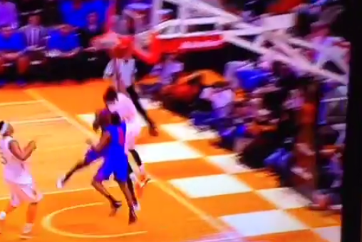 Tennessee's Jordan McRae with an Emphatic Slam