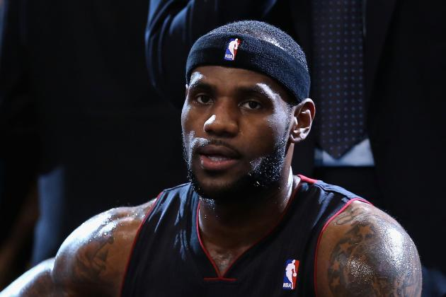 LeBron James Says He'd Win NBA Dunk Contest If He Entered