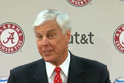 Alabama AD Addresses 'Student Athlete & Fan Behavior' After Smart Incident