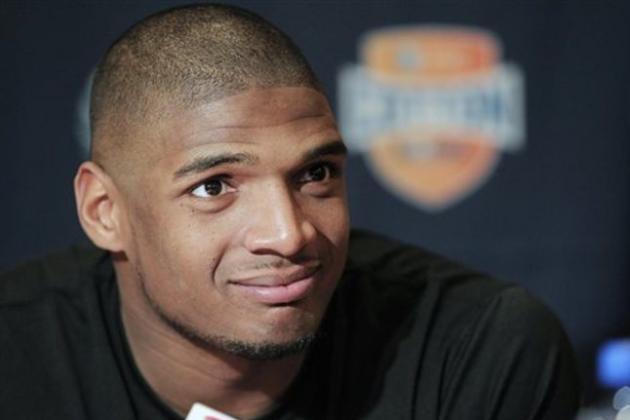 Patriots Offseason Questions: Could Patriots Draft Missouri DE Michael Sam?