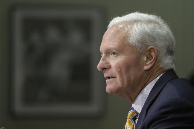 Browns' Jimmy Haslam Is Running an NFL Franchise All Wrong