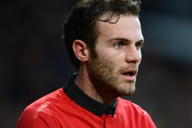 Juan Mata Hopes Manchester United Will Get Boost in Dubai, Stops for Selfies