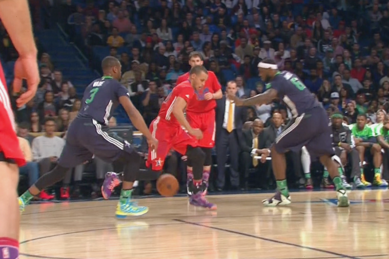 Steph Curry Goes Between the Legs to Cross Dwyane Wade During All-Star Game