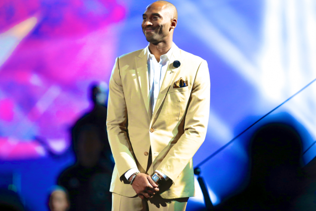Kobe Bryant, Even Injured, Center of Attention at 2014 NBA All-Star Game