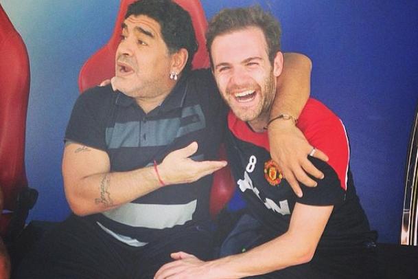 Manchester United Stars Meet Argentina Legend Diego Maradona in Dubai