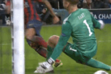 GIF: Neymar Sets Up Dani Alves for Barcelona's 2nd Goal vs. Manchester City