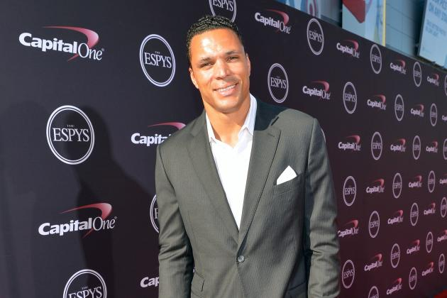 Tony Gonzalez Replaces Shannon Sharpe, Dan Marino on CBS' NFL Pregame Show