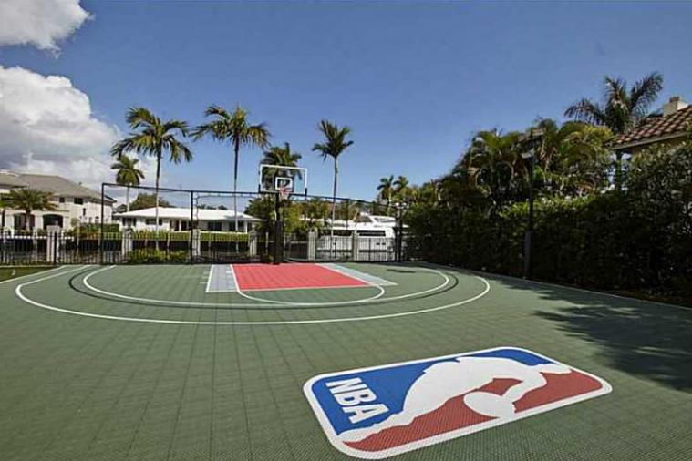 Scottie Pippen Selling Mansion with Waterfront Basketball Court for $11.8M