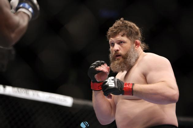 UFC Heavyweight Roy Nelson Continues to Travel His Own Path