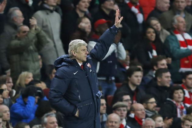 Pep Guardiola Supports Arsenal Boss Arsene Wenger in Row with Jose Mourinho