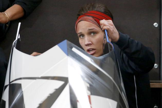 How Lolo Jones Can Rebound from Poor Start in Sochi