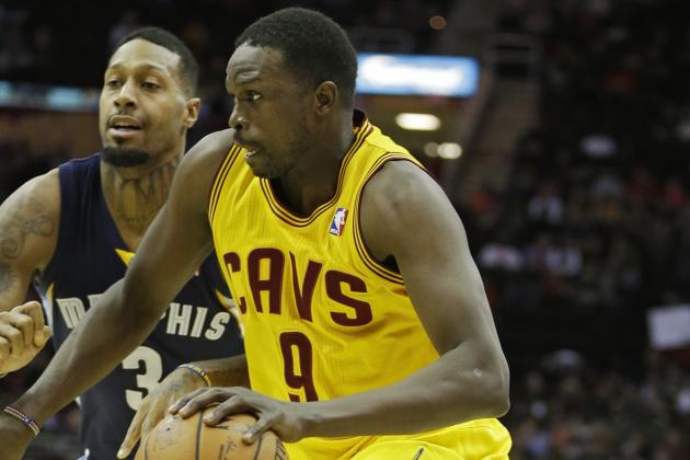 Report: Mavs Inquire About Luol Deng