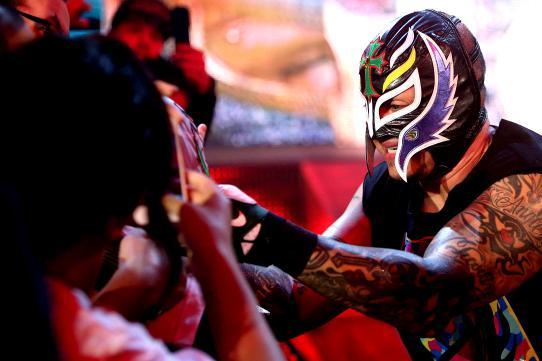 Report: Mysterio's Contract Due to Expire Soon, Doubt over His WWE Future?