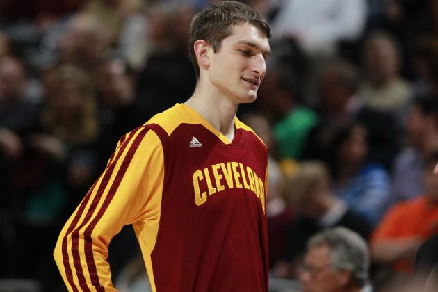 Cleveland Cavs Reportedly Shopping Tyler Zeller, Clippers Interested in Trade