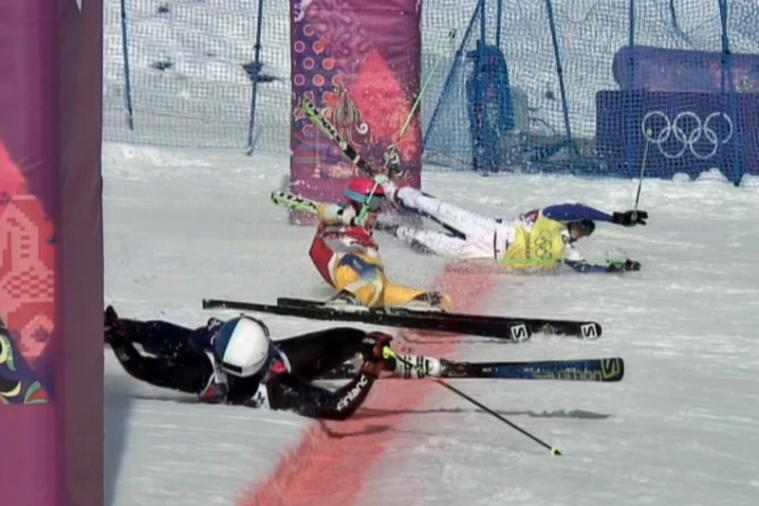 3-Way Photo Finish in Ski Cross Leads to a Crazy Photograph