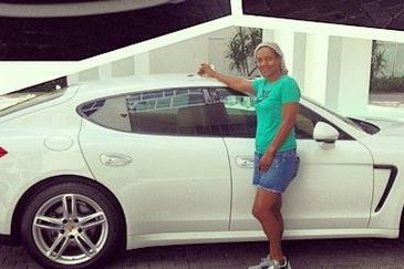 LeBron James Surprises Mother with New Porsche for Birthday