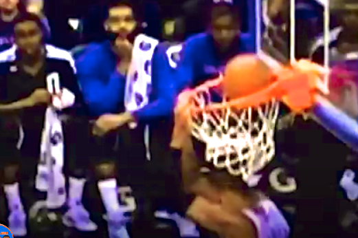 Tyson Chandler Goaltends His Own Dunk