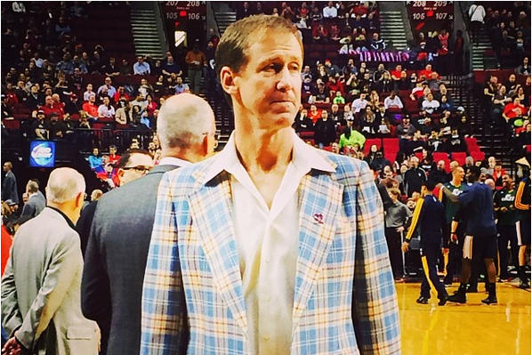 Blazers Coach Terry Stotts Honors Dr. Jack Ramsay's 89th Birthday with Jacket