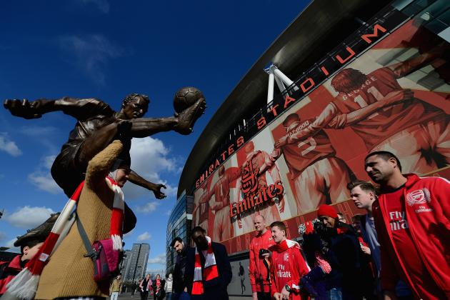 Arsenal Unveil Dennis Bergkamp Statue Outside the Emirates