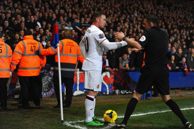 Crystal Palace Fans Throw Coins at Wayne Rooney, Twitter Responds