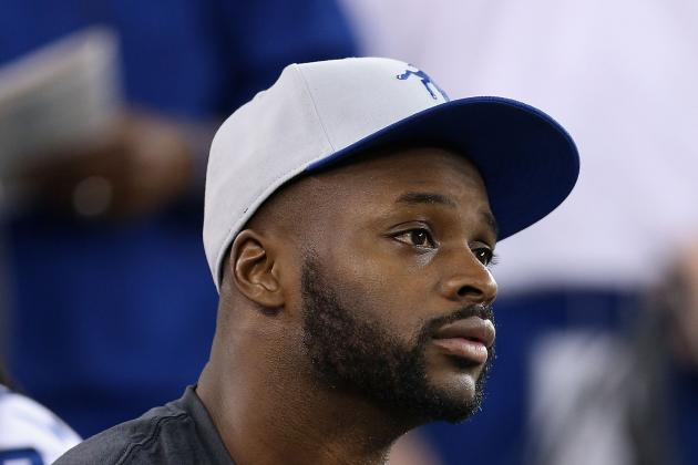 "Colts ""Optimistic"" About Reggie Wayne, Dwayne Allen for Training Camp"