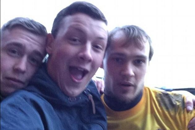 Portsmouth Supporter Takes Selfie with Scunthorpe Keeper During Match