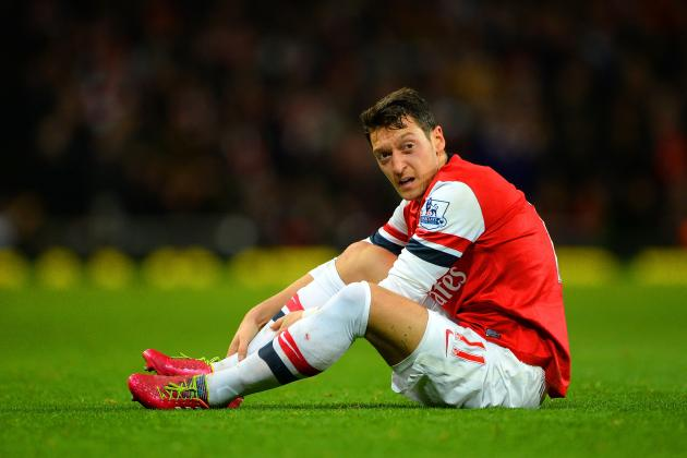 Arsene Wenger and Arsenal Should Drop Mesut Ozil for the Rest of the Season