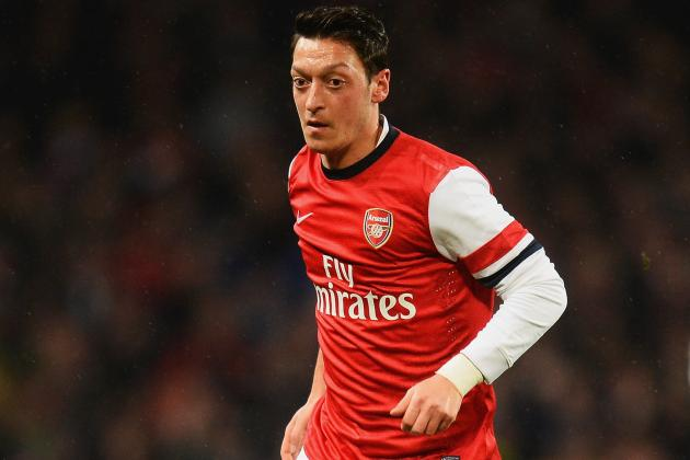Mesut Ozil Reportedly Questioned by Police After Car Crash During Arsenal Break