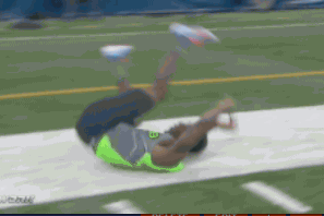 Kenny Ladler Stumbles and Falls After Running 40-Yard Dash at Combine