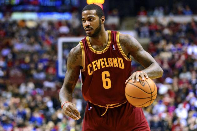 Report: Knicks to Sign Earl Clark, Shannon Brown, Work out Dahntay Jones