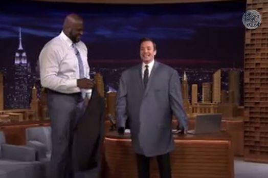 Jimmy Fallon Trying on Shaquille O'Neal's Jacket Provides Hilarious Sight
