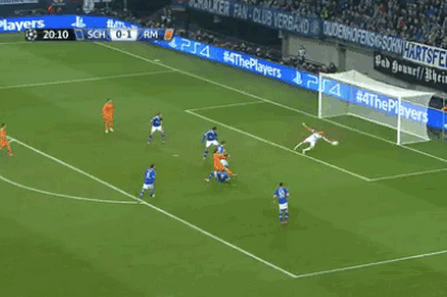 GIFs: Karim Benzema, Gareth Bale Strike Early to Give Real Madrid Quick Lead