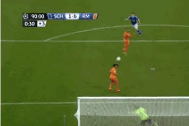 GIF: Klaas-Jan Huntelaar Scores Ridiculous Goal on Volley While Down Six Goals