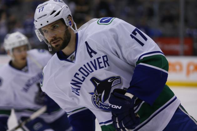 Canucks GM Plays It Coy with Kesler Rumors