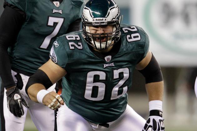 Eagles Announce New Deals for Jason Kelce and Riley Cooper