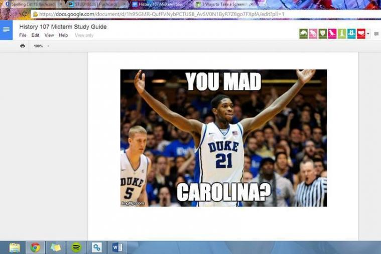 Duke Fan Trolls UNC Students by Replacing Midterm Notes with Meme