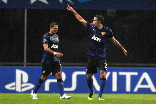 Did Chicharito Call out Robin Van Persie on Instagram?