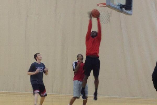 Robert Griffin III Plays Basketball at Baylor During Offseason