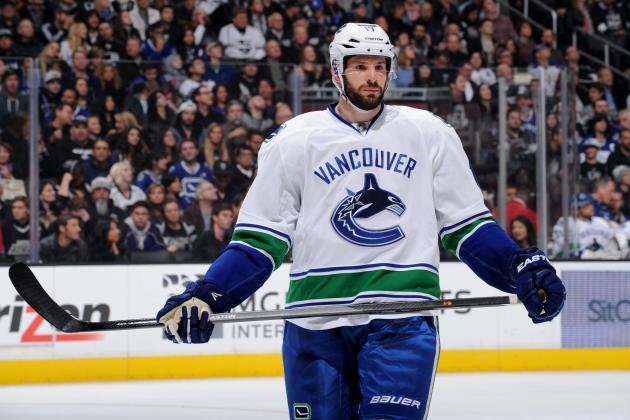 Ryan Kesler, Chris Tanev Return to Canucks' Line-Up for Match-Up with Wild