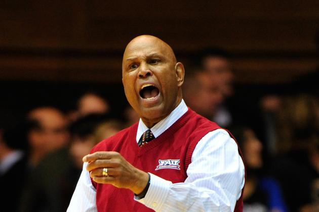 Florida Atlantic's Mike Jarvis Stepping Down After Season