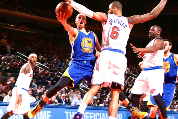 Steph Curry Making Habit of Lighting Up NBA's Biggest Stages
